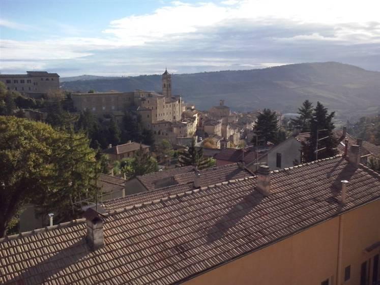 Appartamento in vendita a Serra San Quirico, 4 locali, prezzo € 75.000 | Cambio Casa.it