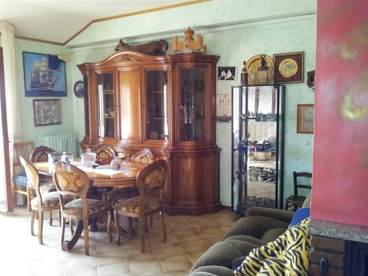Appartamento in vendita a Santa Maria Nuova, 7 locali, Trattative riservate | Cambio Casa.it