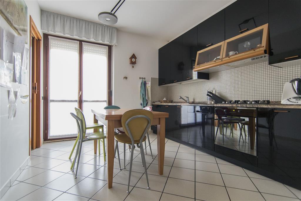 Attico / Mansarda in vendita a Monsano, 6 locali, prezzo € 219.000 | Cambio Casa.it