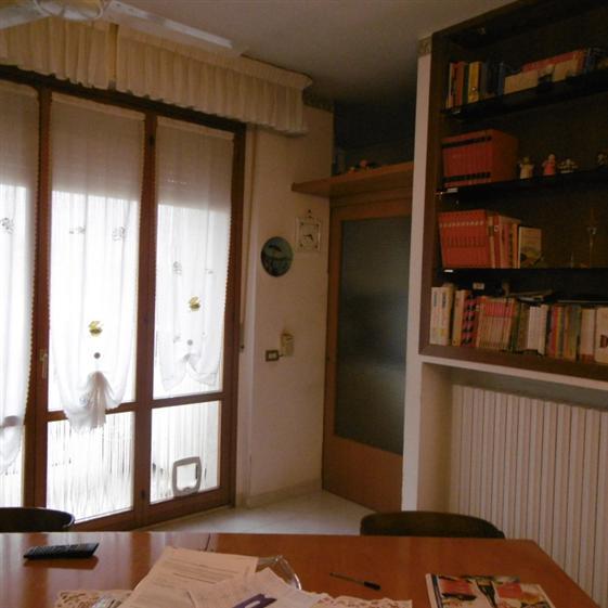 Appartamento in vendita a Castelbellino, 4 locali, zona Zona: Castelbellino Stazione, prezzo € 145.000 | Cambio Casa.it