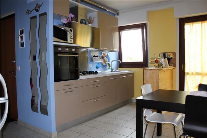 Appartamento in vendita a Maiolati Spontini, 3 locali, prezzo € 145.000 | Cambio Casa.it