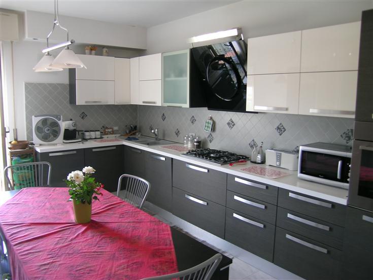 Appartamento in vendita a San Marcello, 5 locali, prezzo € 125.000 | Cambio Casa.it