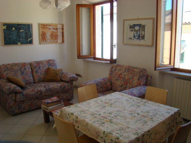Appartamento in affitto a Jesi, 4 locali, prezzo € 500 | Cambio Casa.it