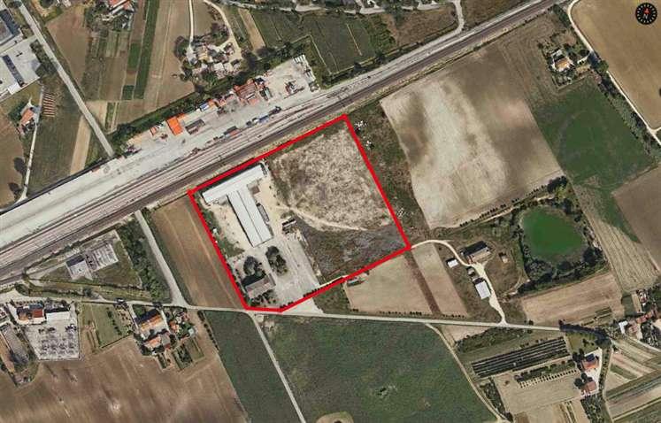 Capannone in vendita a Jesi, 9999 locali, Trattative riservate | Cambio Casa.it