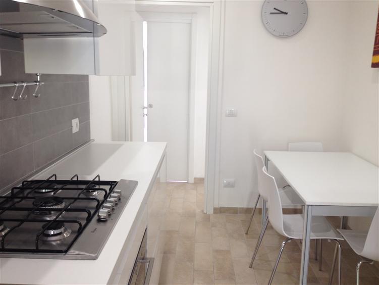 Appartamento in affitto a Jesi, 2 locali, prezzo € 400   Cambio Casa.it