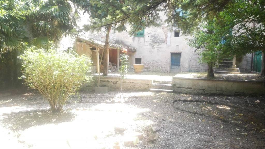 Soluzione Indipendente in vendita a Jesi, 13 locali, Trattative riservate | Cambio Casa.it