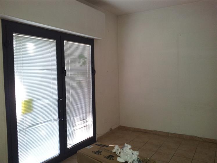 Negozio / Locale in vendita a Jesi, 2 locali, Trattative riservate | Cambio Casa.it