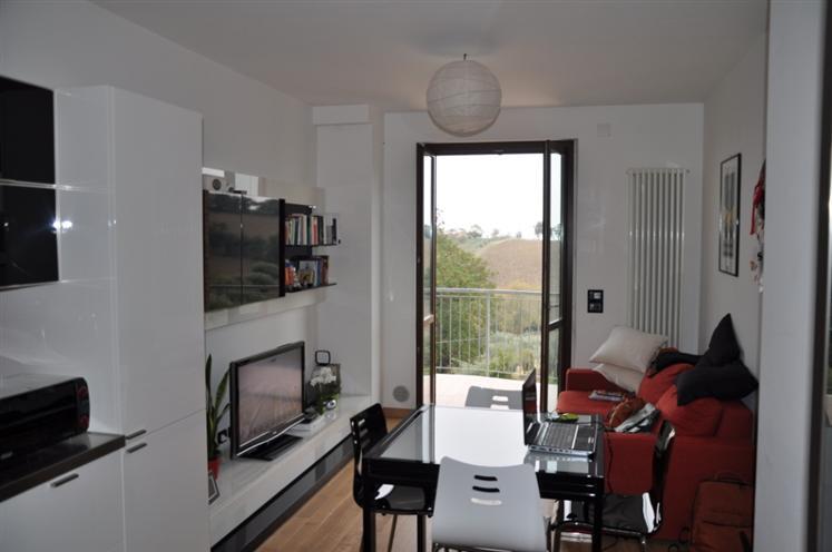 Appartamento in vendita a Monsano, 2 locali, Trattative riservate | Cambio Casa.it