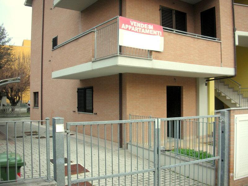Appartamento in vendita a Chiaravalle, 4 locali, prezzo € 200.000 | Cambio Casa.it