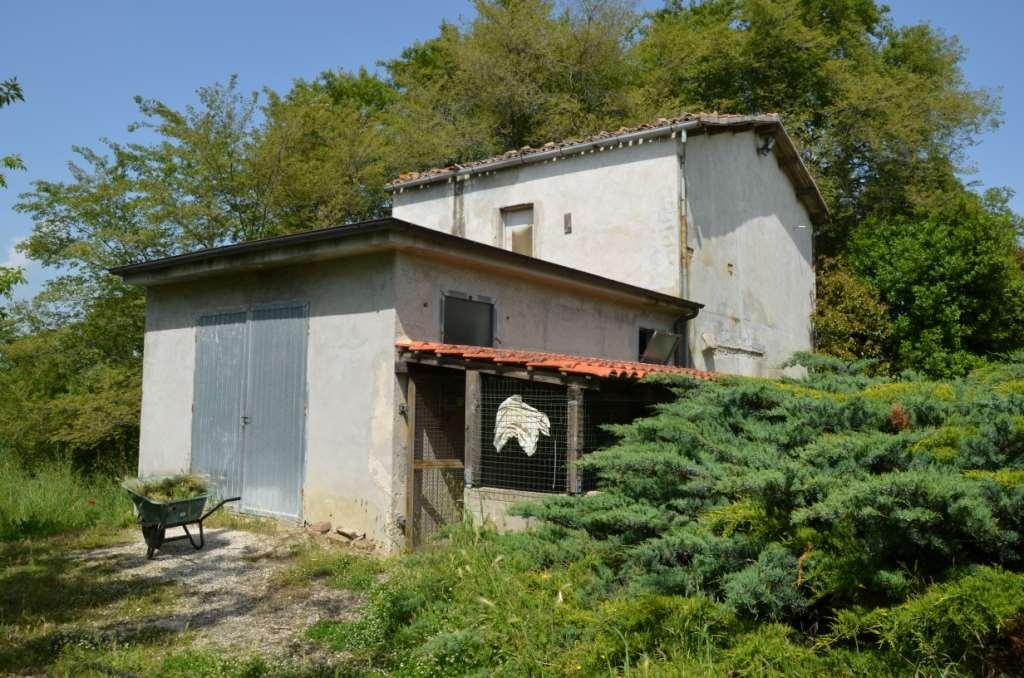 Rustico / Casale in vendita a Jesi, 8 locali, prezzo € 98.000 | Cambio Casa.it