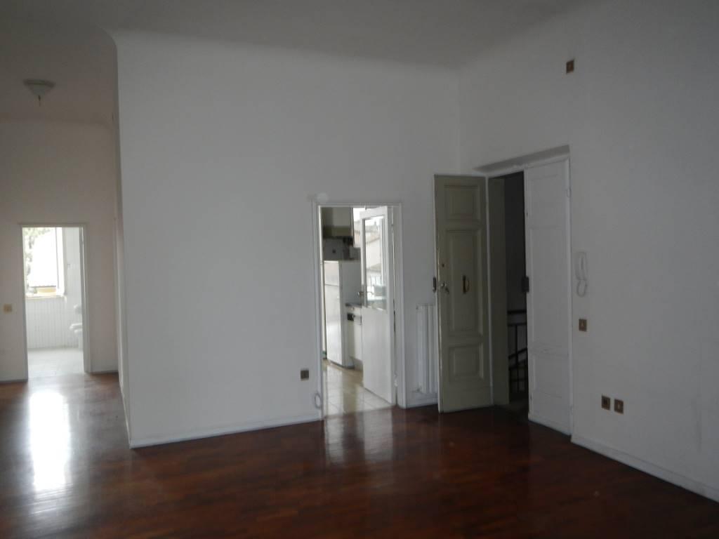 Appartamento in affitto a Jesi, 5 locali, prezzo € 500   Cambio Casa.it