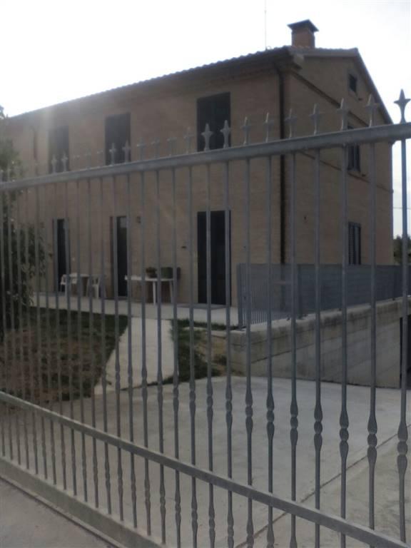 Appartamento in affitto a Jesi, 3 locali, prezzo € 450 | Cambio Casa.it