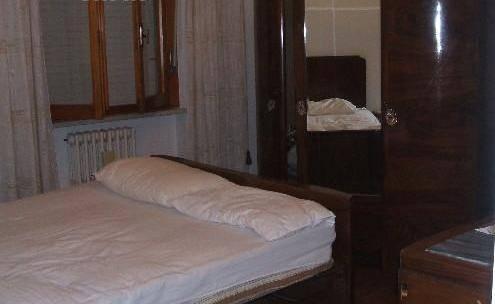 Appartamento in affitto a Jesi, 5 locali, prezzo € 450 | Cambio Casa.it