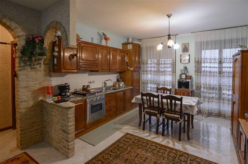 Appartamento in vendita a Monsano, 3 locali, Trattative riservate | Cambio Casa.it