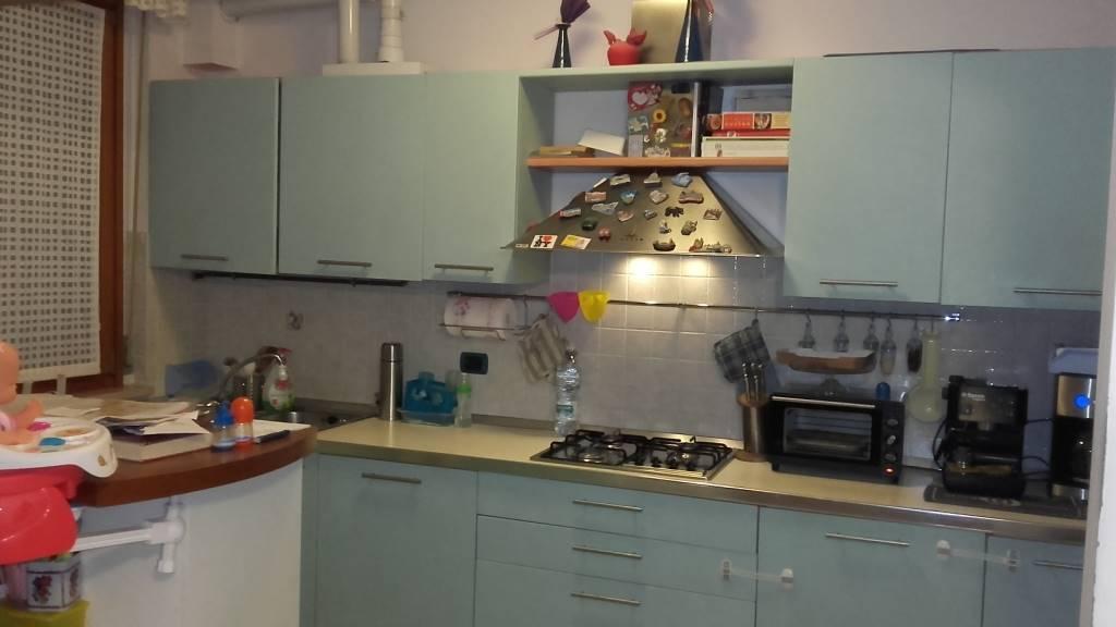 Appartamento in vendita a Castelbellino, 3 locali, zona Zona: Castelbellino Stazione, prezzo € 135.000 | Cambio Casa.it