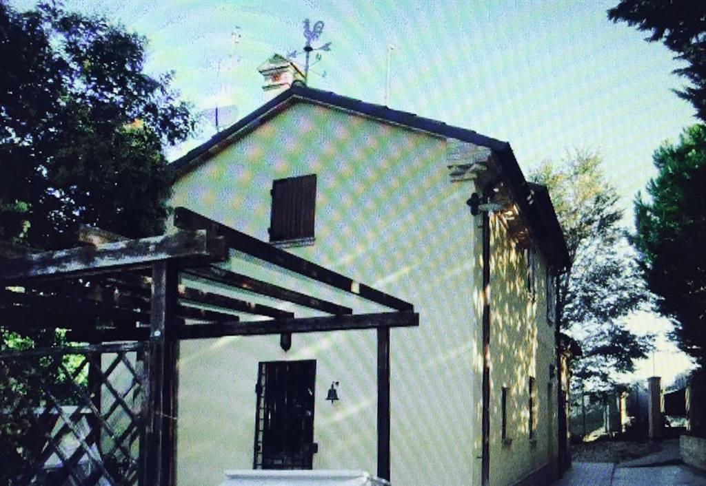Rustico / Casale in vendita a Monte San Vito, 5 locali, prezzo € 240.000 | Cambio Casa.it