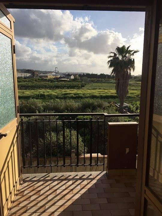 Appartamento in vendita a Torregrotta, 3 locali, zona Località: FRAZIONI: SCALA, prezzo € 75.000 | CambioCasa.it