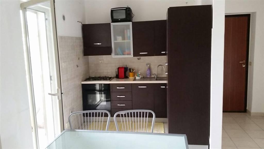 Appartamento in vendita a Venetico, 4 locali, zona Zona: Venetico Marina, prezzo € 100.000 | CambioCasa.it