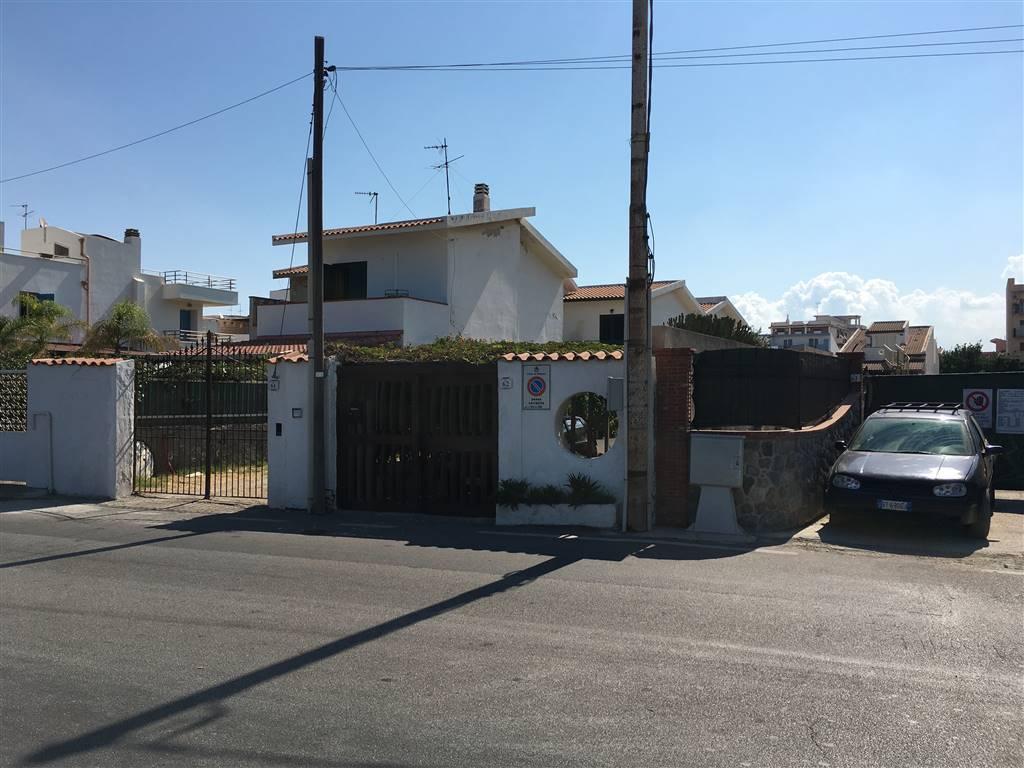 Appartamento in affitto a Milazzo, 2 locali, Trattative riservate | CambioCasa.it