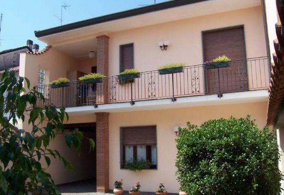 Villa Bifamiliare in Vendita a Vigevano