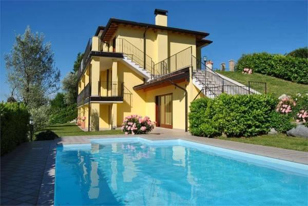 Vai alla scheda: Villa singola Vendita - Moniga del Garda (BS) - Codice 17-BS24