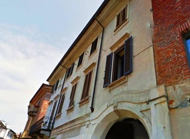 Appartamento in vendita a Vigevano, 3 locali, prezzo € 108.000 | CambioCasa.it