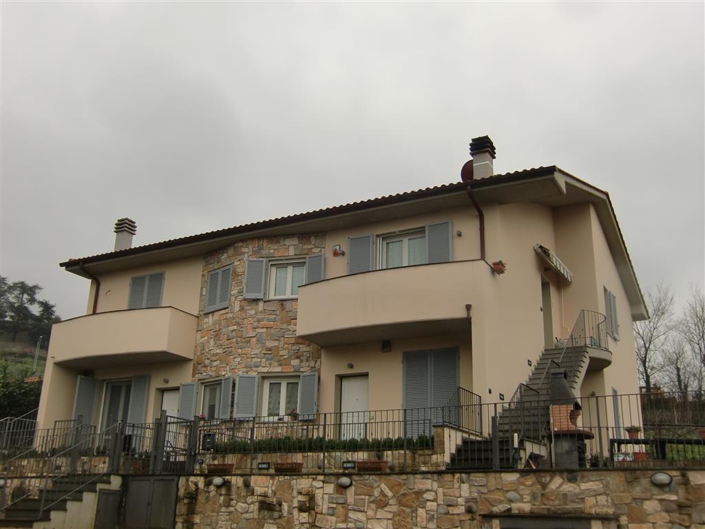 Soluzione Indipendente in vendita a Reggello, 3 locali, zona Zona: San Donato in Fronzano, prezzo € 160.000 | Cambio Casa.it