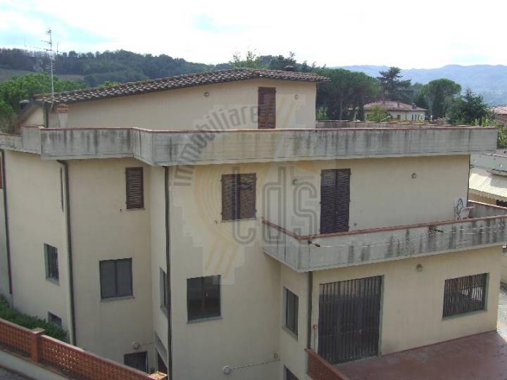Villa in vendita a Cavriglia, 10 locali, zona Zona: Cetinale, prezzo € 750.000 | Cambio Casa.it