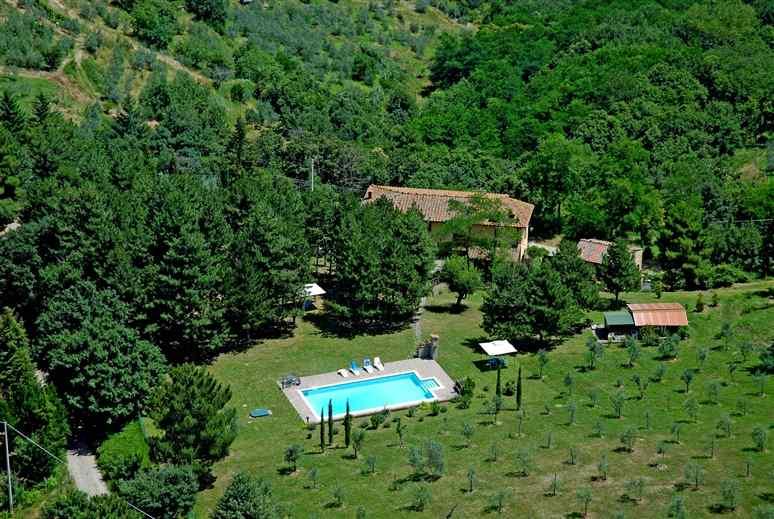 Soluzione Indipendente in vendita a Montevarchi, 12 locali, zona Zona: Moncioni, prezzo € 990.000 | Cambio Casa.it