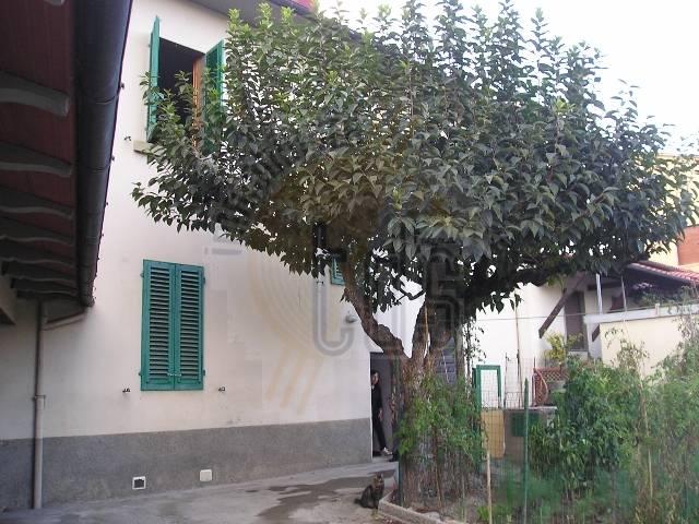 Soluzione Indipendente in vendita a Terranuova Bracciolini, 10 locali, zona Zona: Pernina, prezzo € 290.000 | CambioCasa.it