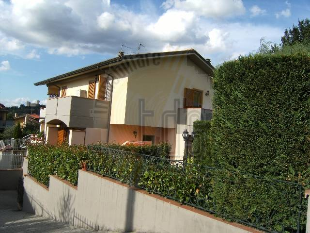 Soluzione Indipendente in vendita a Reggello, 5 locali, zona Zona: Cetina, prezzo € 360.000 | Cambio Casa.it