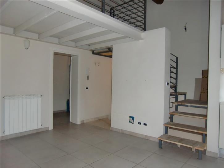 Soluzione Indipendente in vendita a San Giovanni Valdarno, 2 locali, zona Zona: Centro, prezzo € 115.000 | CambioCasa.it