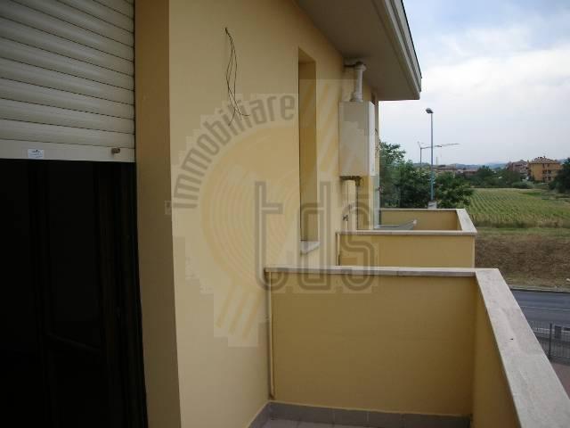 Soluzione Indipendente in vendita a Montevarchi, 3 locali, zona Zona: Ipercoop, prezzo € 170.000 | Cambio Casa.it