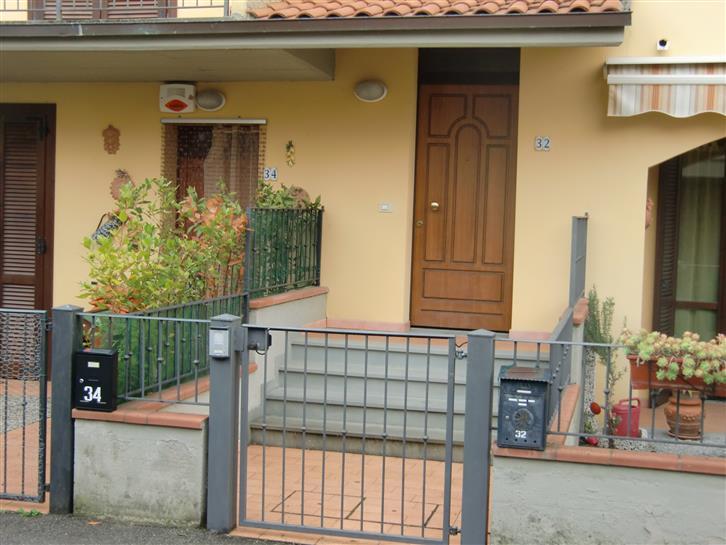Soluzione Indipendente in vendita a Cavriglia, 4 locali, zona Zona: Centro, prezzo € 170.000 | Cambio Casa.it