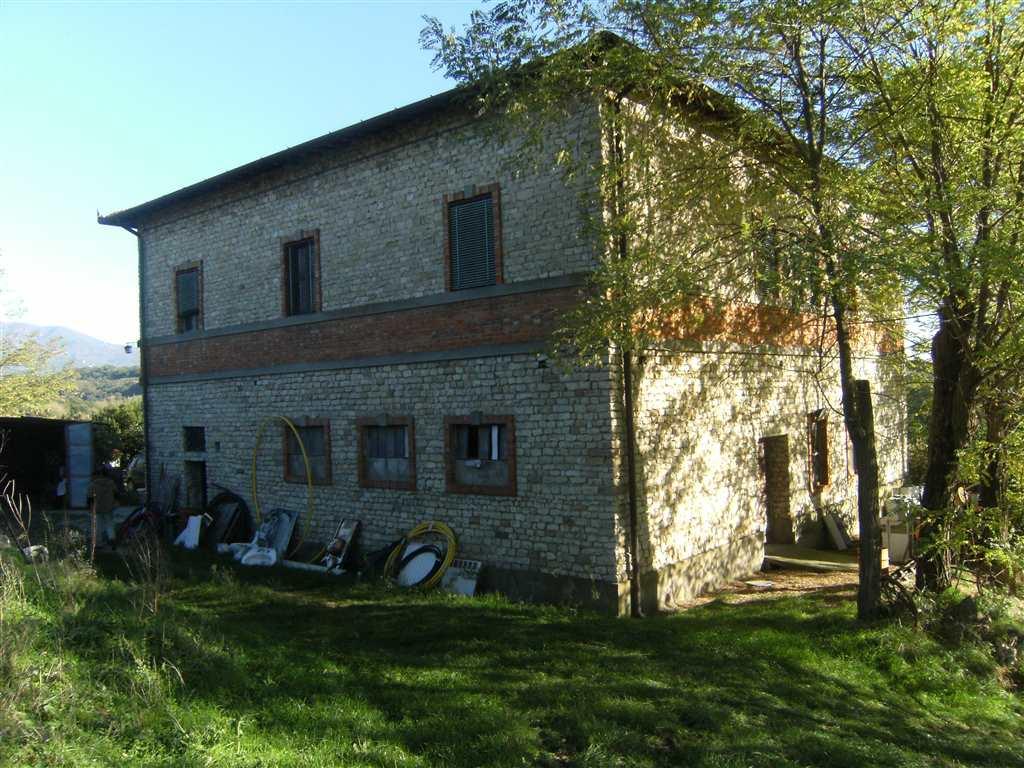 Rustico / Casale in vendita a Reggello, 7 locali, zona Zona: I Ciliegi, prezzo € 600.000 | Cambio Casa.it