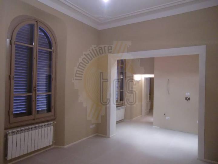 Appartamento in vendita a San Giovanni Valdarno, 2 locali, zona Zona: Centro, Trattative riservate | Cambio Casa.it