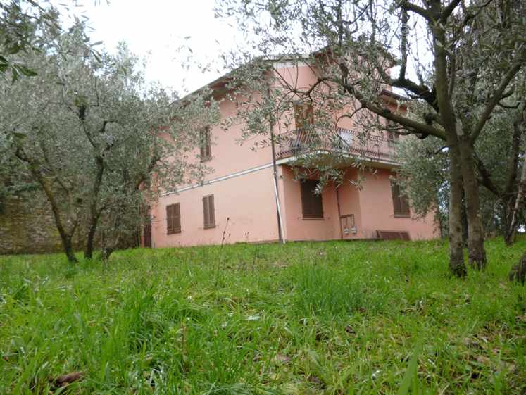 Soluzione Indipendente in vendita a Reggello, 10 locali, zona Zona: Pontifogno, prezzo € 380.000 | Cambio Casa.it