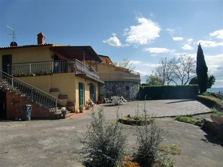 Villa in vendita a Reggello, 5 locali, prezzo € 380.000 | Cambio Casa.it