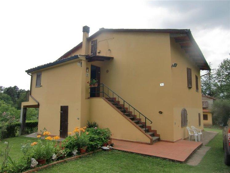Rustico / Casale in vendita a Montevarchi, 8 locali, zona Zona: SanTomme'- Noferi, prezzo € 470.000 | Cambio Casa.it