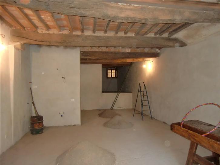 Ufficio / Studio in affitto a San Giovanni Valdarno, 1 locali, zona Zona: Centro, prezzo € 600 | Cambio Casa.it