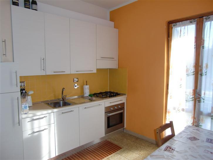 Appartamento in vendita a Terranuova Bracciolini, 2 locali, zona Zona: Centro, prezzo € 80.000 | Cambio Casa.it