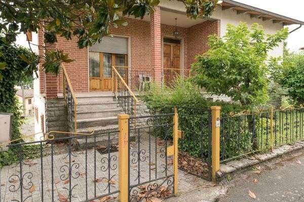 Soluzione Indipendente in vendita a Cavriglia, 10 locali, zona Zona: Centro, prezzo € 295.000 | Cambio Casa.it