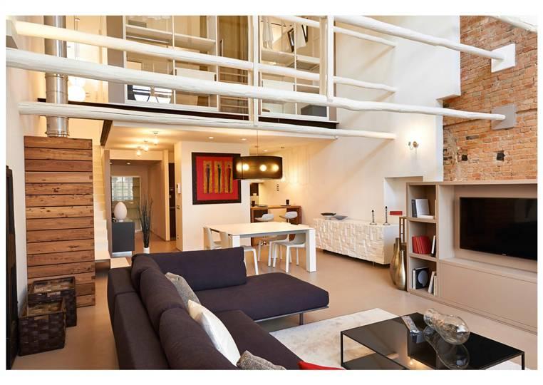 Loft / Openspace in vendita a Terranuova Bracciolini, 3 locali, zona Zona: Piantravigne, Trattative riservate | Cambio Casa.it