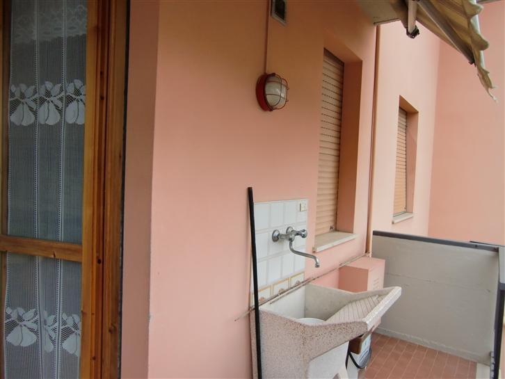 Appartamento in vendita a Terranuova Bracciolini, 3 locali, zona Zona: Centro, prezzo € 130.000 | CambioCasa.it