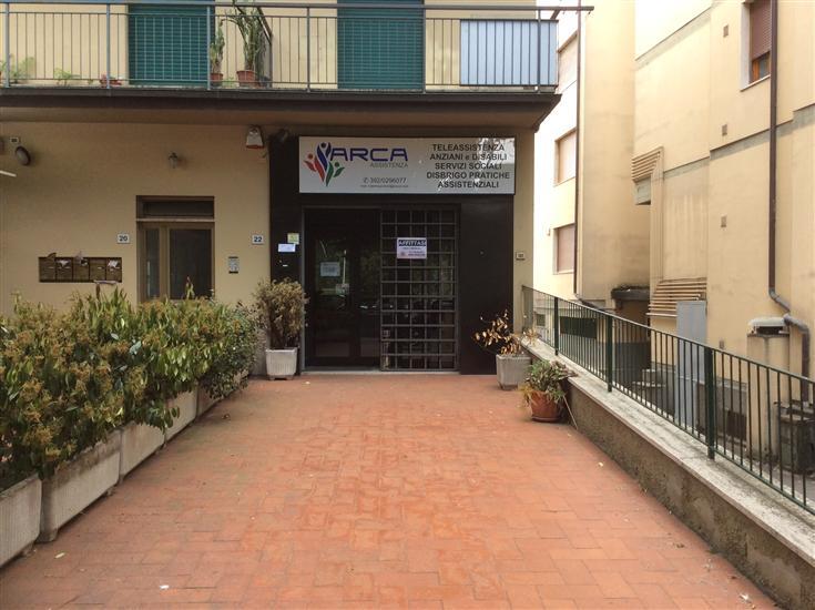 Negozio / Locale in affitto a San Giovanni Valdarno, 1 locali, zona Zona: Stadio, prezzo € 800 | Cambio Casa.it