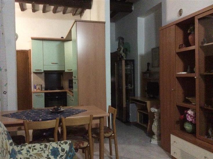 Appartamento in vendita a San Giovanni Valdarno, 3 locali, zona Zona: Centro, prezzo € 105.000 | Cambio Casa.it