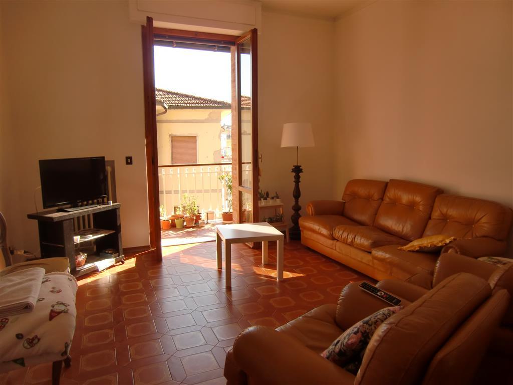 Appartamento in vendita a San Giovanni Valdarno, 5 locali, zona Zona: Bani, prezzo € 140.000 | Cambio Casa.it
