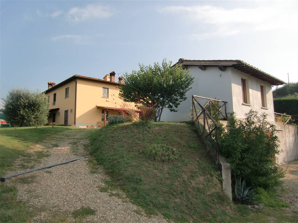 Soluzione Semindipendente in vendita a Terranuova Bracciolini, 5 locali, zona Zona: Ville, prezzo € 395.000 | CambioCasa.it
