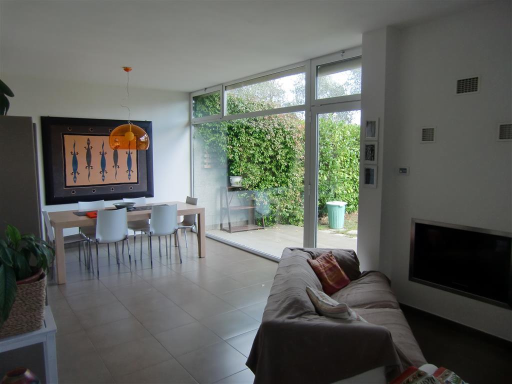 Villa a schiera, Centro, Castelfranco Di Sopra, in ottime condizioni