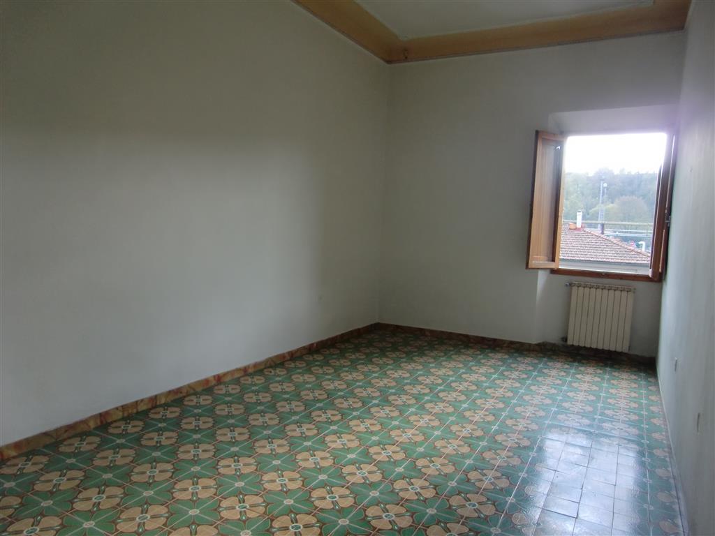 Appartamento in vendita a San Giovanni Valdarno, 3 locali, zona Zona: Stadio, prezzo € 79.000 | Cambio Casa.it